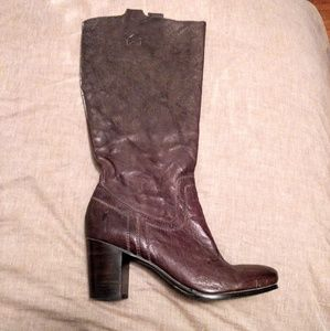 Sold- Frye Carson Boots - Like new
